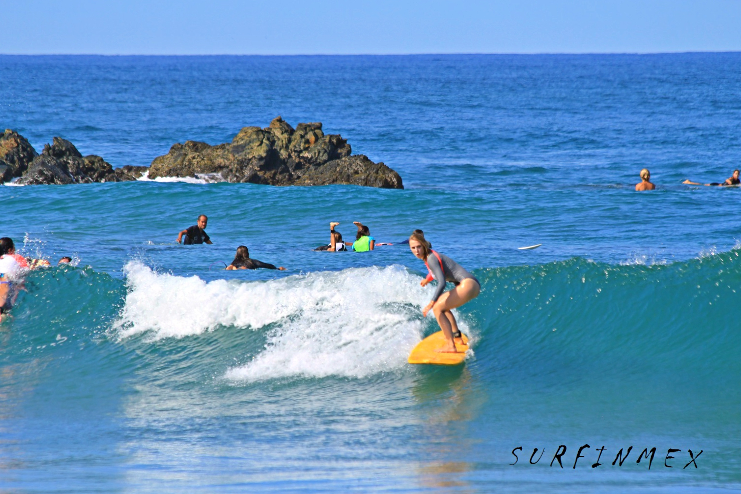 B surfer mexico
